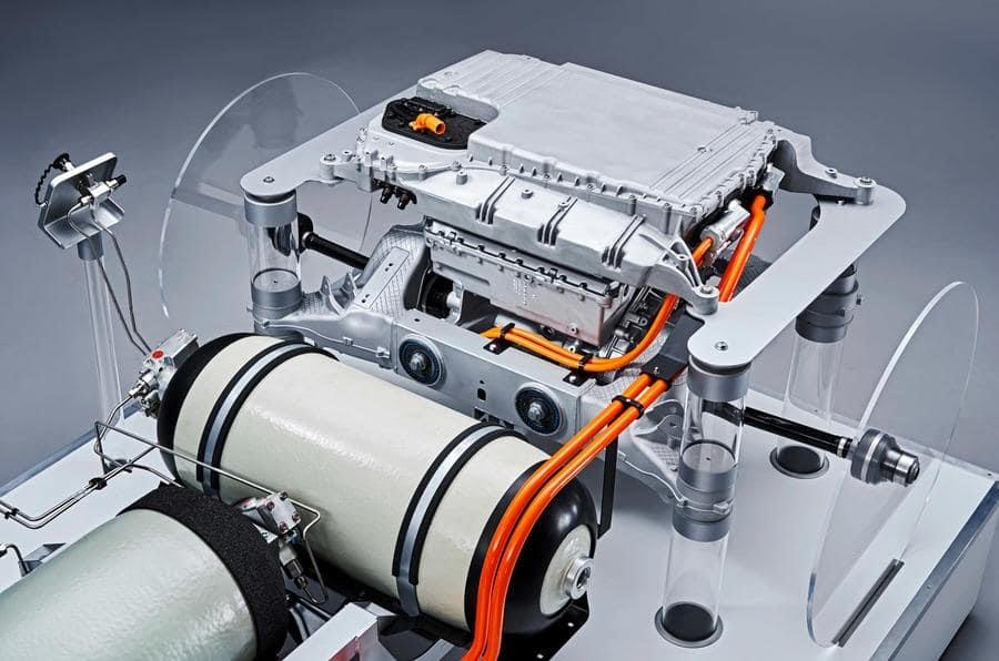 BMW-iX5-chay-bang-khi-hydro-co-kha-nang-chong-dan (3).jpg