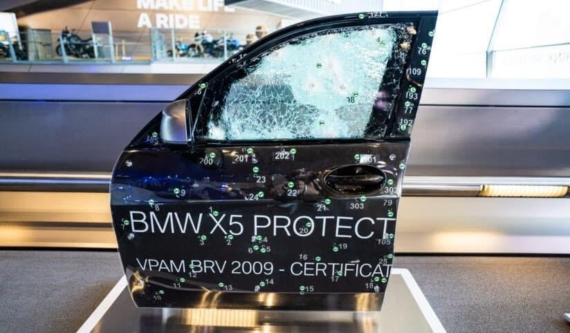 BMW-iX5-chay-bang-khi-hydro-co-kha-nang-chong-dan (5).jpg