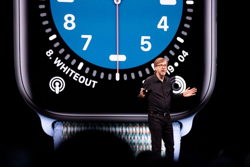 giam-doc-phan-mem-apple-watch-kevin-lynch-se-dan-dat-du-an-xe-dien-apple.jpg