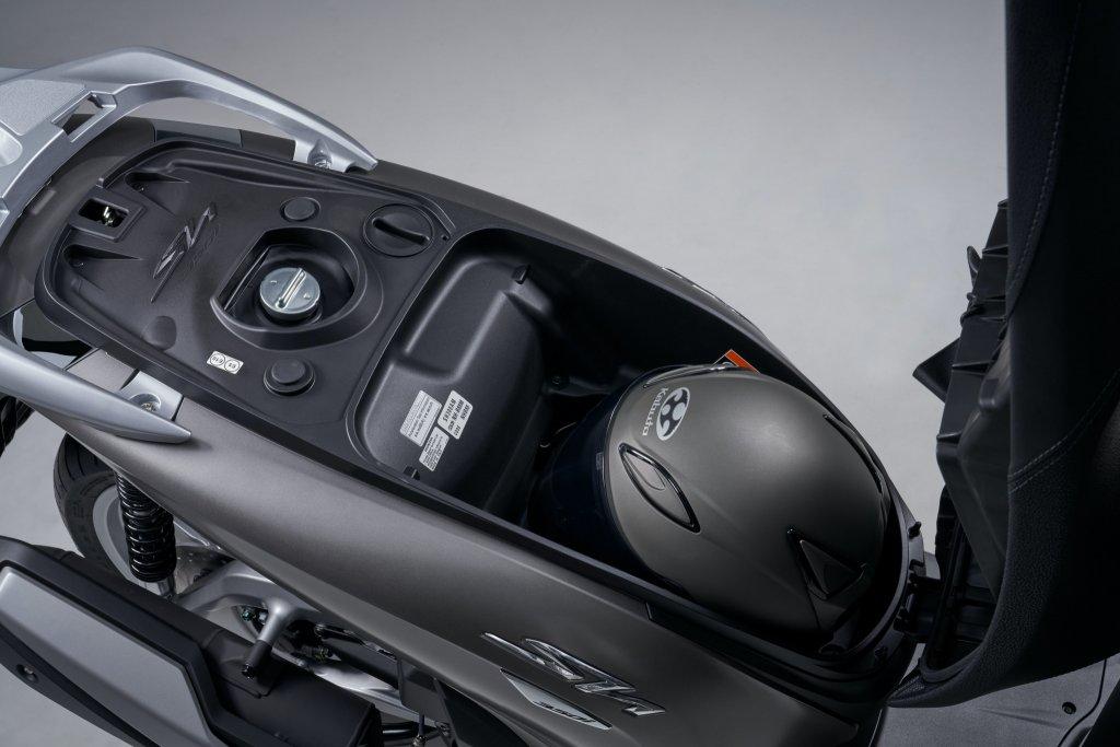 Honda Việt Nam ra mắt SH350i giá 145 triệu 2.jpg