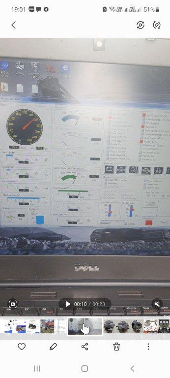 Cần tư vấn Dx140W mất áp 1 vế bơm