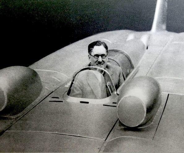 thunderbolt-vs-reid-railton-cham-dut-pha-ky-luc-toc-do-xe-tu-nam-1939 (9).jpg
